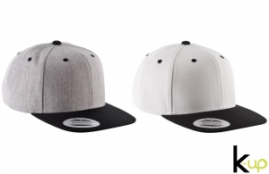 Casquette Snapback Yupoong logo personnalisée